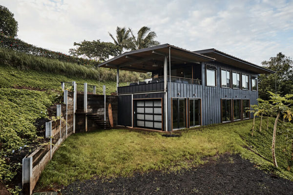 Off the Grid, on Maui