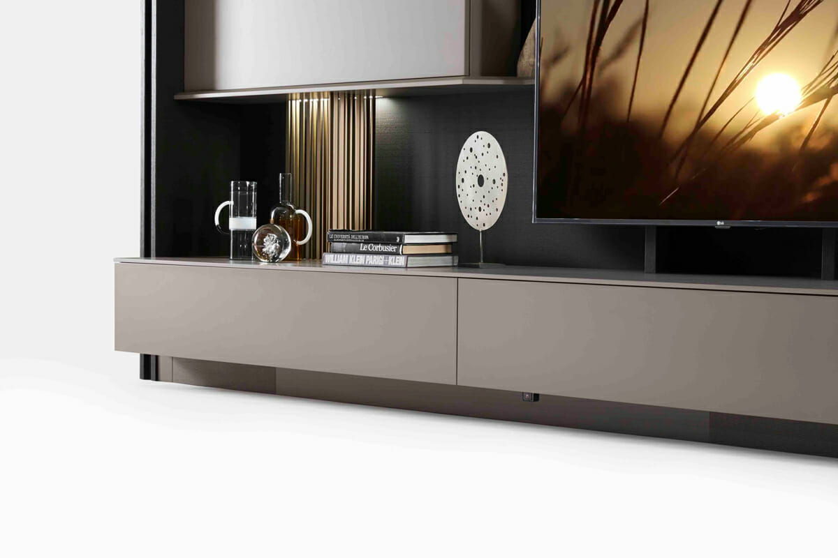 Triplo Freestanding Media Center